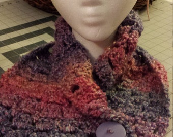 Berry Passion short cowl w/ button
