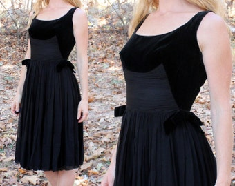 Vintage 50s 60s Dress Black Velvet & Chiffon Cocktail Party Semi Formal Evening Womens Small S Excellent Condition
