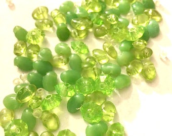 Supplies Large Pile of Green Plastic Vintage Beads and Small Clear Beads - Leaf Shapes