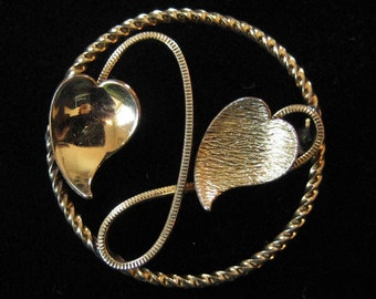 Gold Filled Circle Brooch with Leaves
