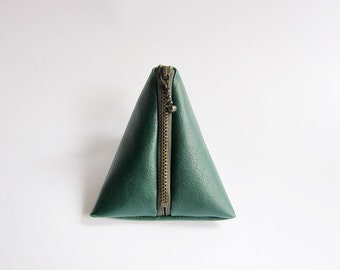 Triangle Pouch in Green - Faux Leather Zipper Coin Purse - Simple and Classic Zipper Pouch in Faux Sheepskin