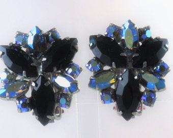 Vintage Black Glass and Blue Aurora Borealis Rhinestone Clip Earrings (E-1-1)