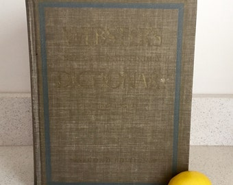 Vintage Websters Dictionary Copyright 1965