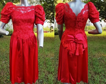 80s Prom Dress in Red Satin and Lace, Vintage Bridesmaid Dress, 80s Dress, Vintage Dress Size 6