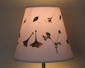 Pressed flower art - Pressed flower artwork Lampshade made with real dried flowers. Cone shape - Lampshade - Lamp shade - Botanical lamp