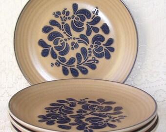4 Pfaltzgraff Folk Art Dessert/Salad/Bread Plates, Tan and blue, Pottery Plates, Art Pottery Plates, USA Pottery Plates, Vintage Pfaltzgraff