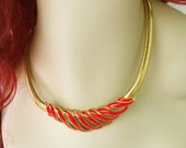 Red and Gold Necklace, Red Enamel Necklace, Red Enamel Pendant Necklace Gold, Vintage Red Statement Necklace, Gold and Red, Latch Necklace