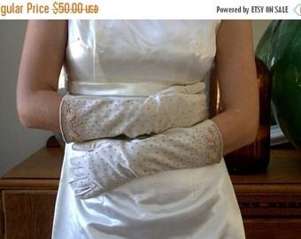 Vintage Long Beaded Gloves Bridal Gloves Long Length Wedding Gloves for Bride Off White Gold Beaded Formal Gloves Heavy Beaded Never Worn