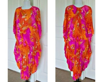 Vintage 70s pleated caftan kaftan - psychedelic hot pink and orange - great costume