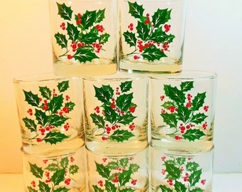 Vintage Christmas Tumblers, Greem Holly, Red Berries  Sparkling Glassware