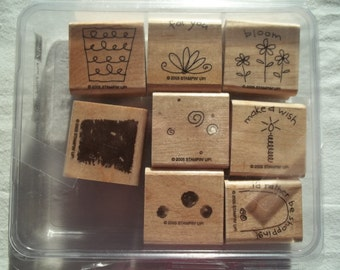 Stampin UP  Set of 8 Wood Mounted Rubber Stamps    Fun Filled    Original Clamshell