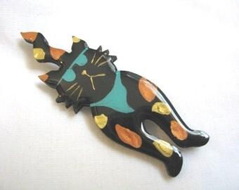 Cool black cat brooch pin wearing sunglasses
