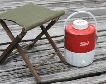 vintage Coleman insulated cooler - 2 gallon capacity - red