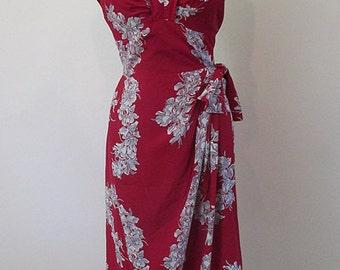 Killer 1940's Hawaiian Rayon Print Sarong Dress curve hugging party dress pinup girl tiki rockabilly Hawaiian dress size Medium