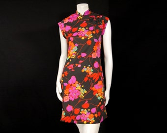 Vintage 70s Knit Qipao Dress S/M by Amy Deb Black Floral Mandarin Collar Sleeveless Cheongsam Style