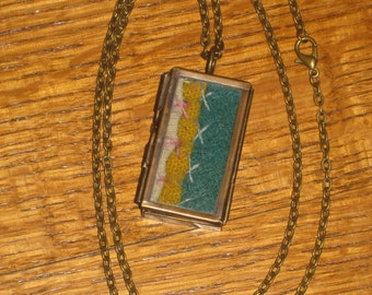 Quilt Necklace Locket Hand Made Gift OOAK Antique Quilt Jewelry Pieces Of Olde Old Quilt Feather Stitching Quilters Gifts Gift Box