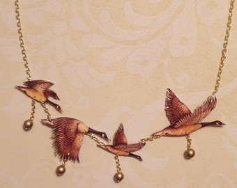 Flock of Canadian Geese Necklace for Posterestante :)