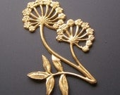 Flower Stamping, Brass Stampings, Vintage Brass Finding, Queen Annes Lace,  Dandelion Stamping, Art Nouveau Stamping,