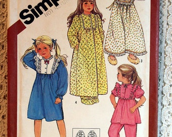 Simplicity 6135, Child's Pajamas, Nightgown, Robe and Slippers Sewing Pattern, Child's Patterns, Size 5, Uncut