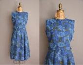 50s blue floral cotton vintage dress / vintage 1950s dress