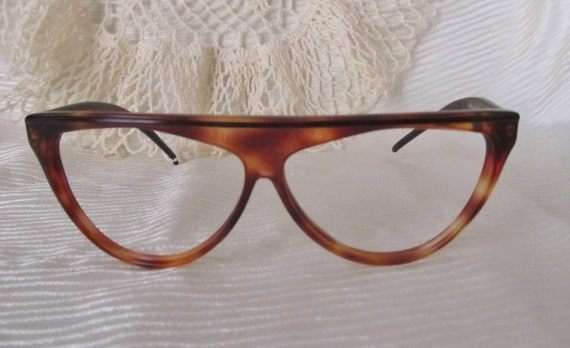 Glasses Frames Hong Kong : Perfect Punk Cat Eye Glasses FRAMES Tortoise Lucite Made in