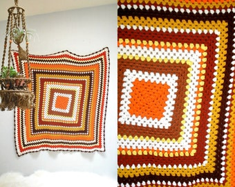 Granny Square Afghan  //  70s Crocheted Blanket  //  THE LUNAR