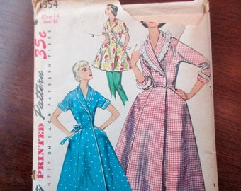 50s Vintage Simplicity uncut Pattern 1354 - housecoat, tunic, gored skirt, size 14