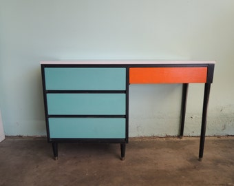 MID CENTURY MODERN 4 Drawer Desk in Turquoise, Orange and Black (Los Angeles)