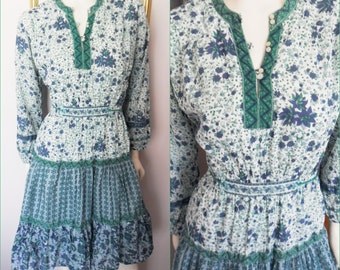 Vtg.Green Blue Ethnic Indian Cotton Hippie Dress.Medium.Bust up to 42.Waist 28-38.