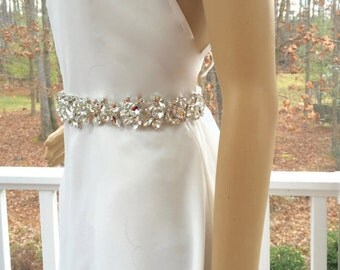 Wedding Belt Sash, Bridal Belt Sash, Wedding Sash Belt, Bridal Sash Belt, Art Deco Applique, Swarovski Crystal Sash,  Swarovski Crystal Belt