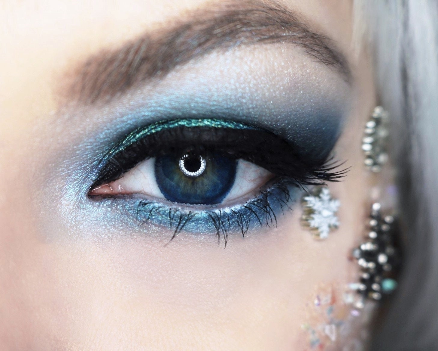 Ice Princess Costume -Temporary Face Tattoo Makeup eye decorations snowflakes