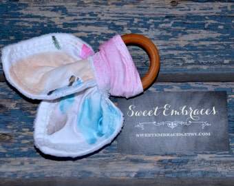 Baby's Soothing Teething Toy ~ All Natural Ring, Machine Washable ~ Sensory Crinkle Toy ~ Bright and Colorful