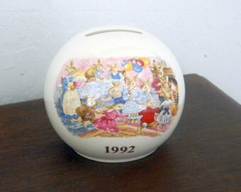 Bunnykins Bank - 1992 U.S. Special Events Tour - Royal Doulton - Albion Shape