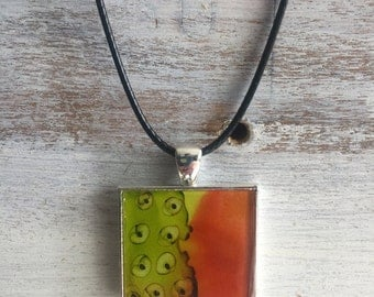 Green and orange contemporary necklace