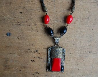 Antique 1920s Czech glass necklace ∙ red and black antique glass necklace