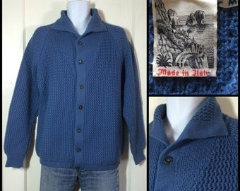 Vintage 1970's soft Pure Wool Blue textured knit Italian Cardigan sweater size Medium made in Italy