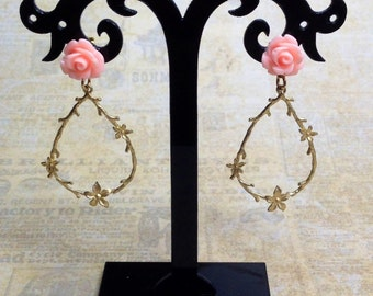 Vintage Style Trailing Rose Matte Gold Earrings