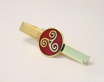 Vintage Celtic tie clip. Red and gold tie clip