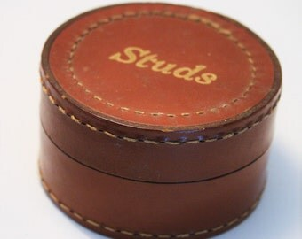 Vintage leather shirt studs and cufflinks box. Storage box. Trinket box