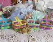 Vintage Tiny Easter Baskets-Plastic-Party Favor-Set of 4-Nut Cups