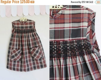 40% OFF back2school SALE vintage 1960s girl's dress - CHERRY Wood plaid dress / 7yr