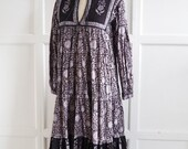 SALE Vintage Mayur Indian print dress