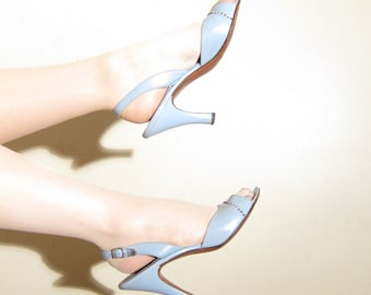 Vintage 1950s Blue Slingback Shoes / 50s Open Toe Party Shoes in Baby Blue with Rhinestones / Size 8