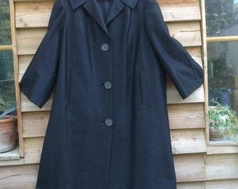 French VTG 1950s SWING coat / black shinny silk
