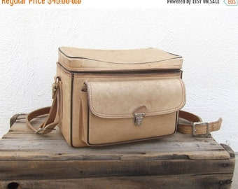 20% Off Sale SALE Large Camera Bag Distressed Tan Leather by The Sportsman