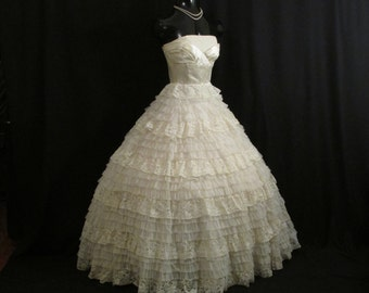 Vintage 1950's 50s Bombshell STRAPLESS Ivory Satin Chiffon Chantilly Lace Party Prom Wedding DRESS Gown