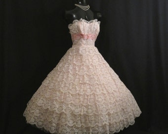 Vintage 1950's 50s STRAPLESS Bombshell Tiered PINK Lace Taffeta Circle Skirt Party Prom Wedding Dress Gown RARE Medium Size