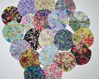 20 Floral Fabric YoYos, Crafting, Embellishments, Appliques