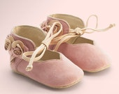 Soft Sole Baby Shoes, Pink Baby Shoes, Girl Baby Shoes, crib shoes with flowers by Vibys