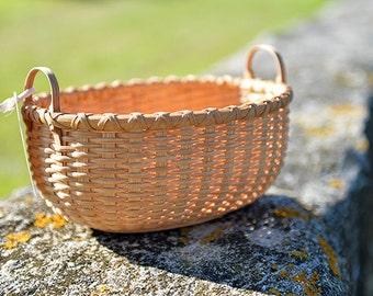 Bun Tray Hybrid Shaker Style/Nantucket Lightship Basket Nina Webb Basket Handwoven Rattan